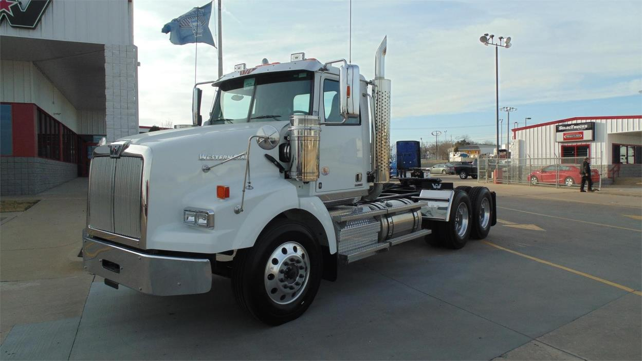 2018 Western Star 4900sa Conventional - Day Cab