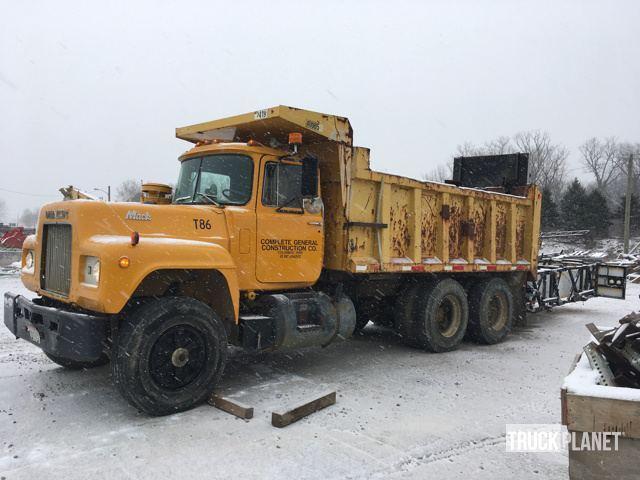 1979 Mack 686st Dump Truck
