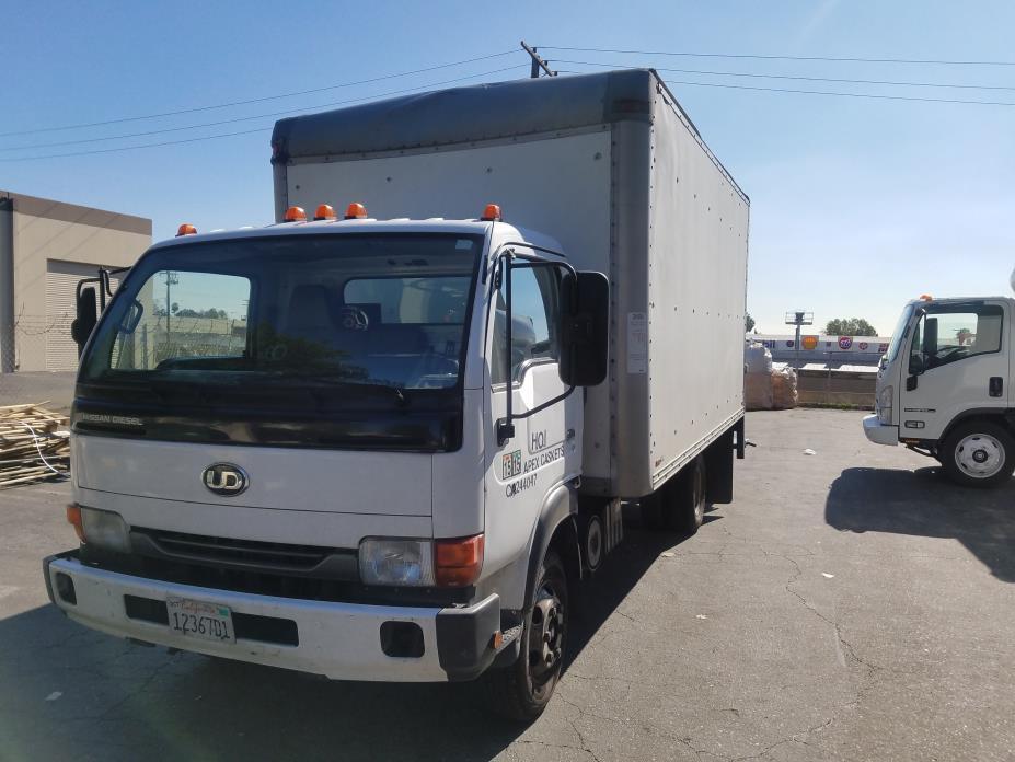 2007 Ud Trucks 1400 Box Truck - Straight Truck
