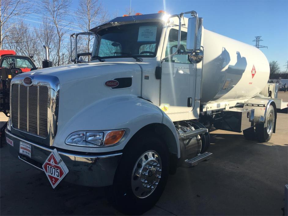 2016 Peterbilt 337  Tanker Truck