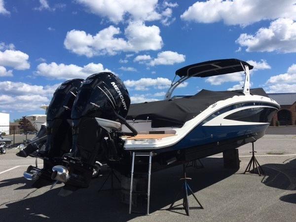 2016 Sea Ray 290 Sundeck OB
