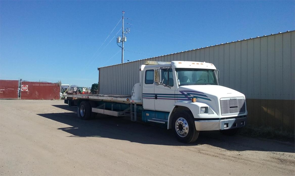 1995 Freightliner Business Class M2 106  Rollback Tow Truck