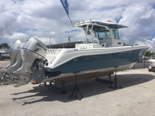 2007 EVERGLADES BOATS 350 CC