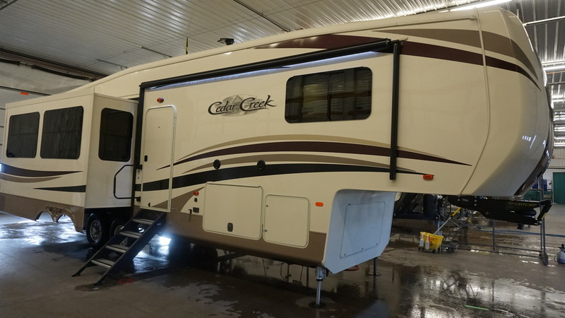 2017 Forest River Cedar Creek Hathaway Edition 34RL2