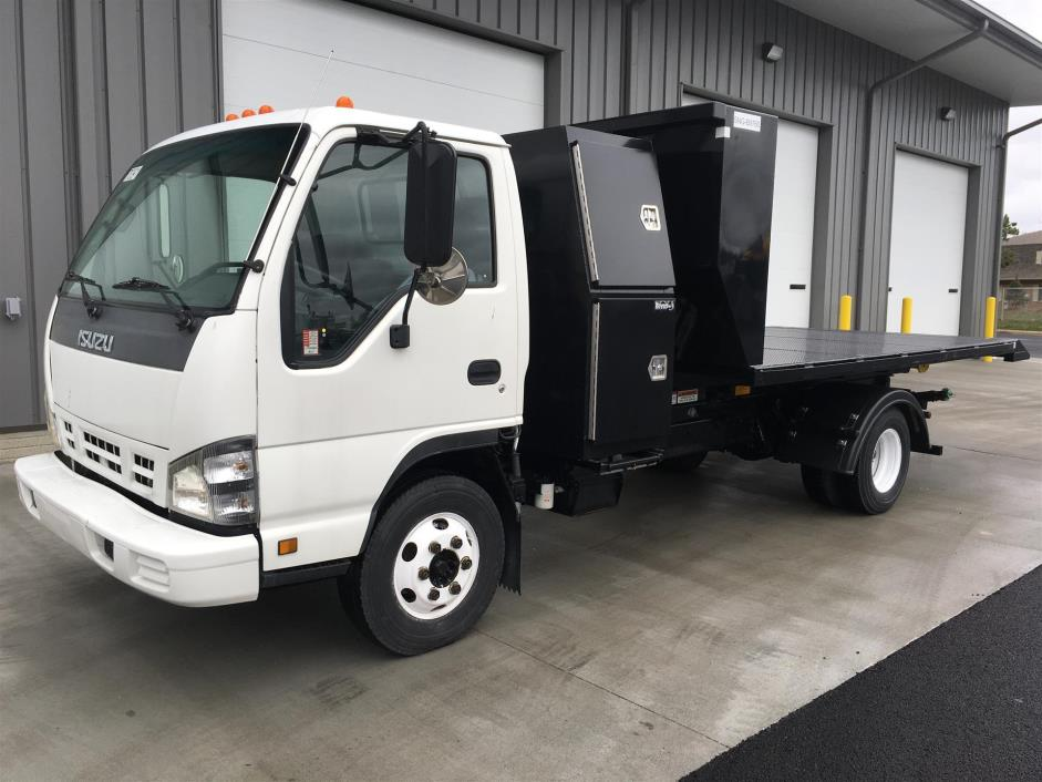 2007 Isuzu Npr Roll Off Truck