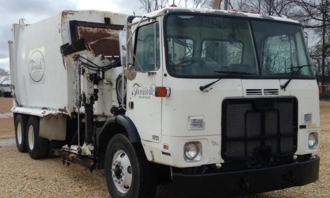 2007 Autocar Xpeditor Garbage Truck