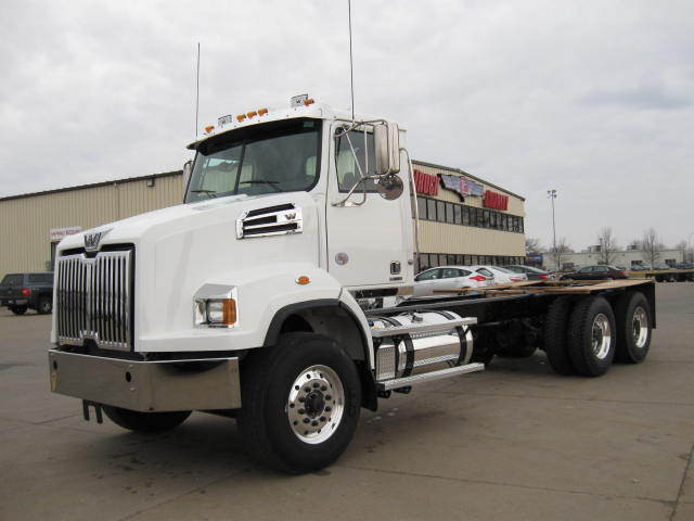 2018 Western Star 4764sb  Dump Truck