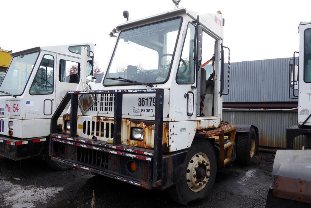 2003 Ottawa Yt50 Salvage Truck