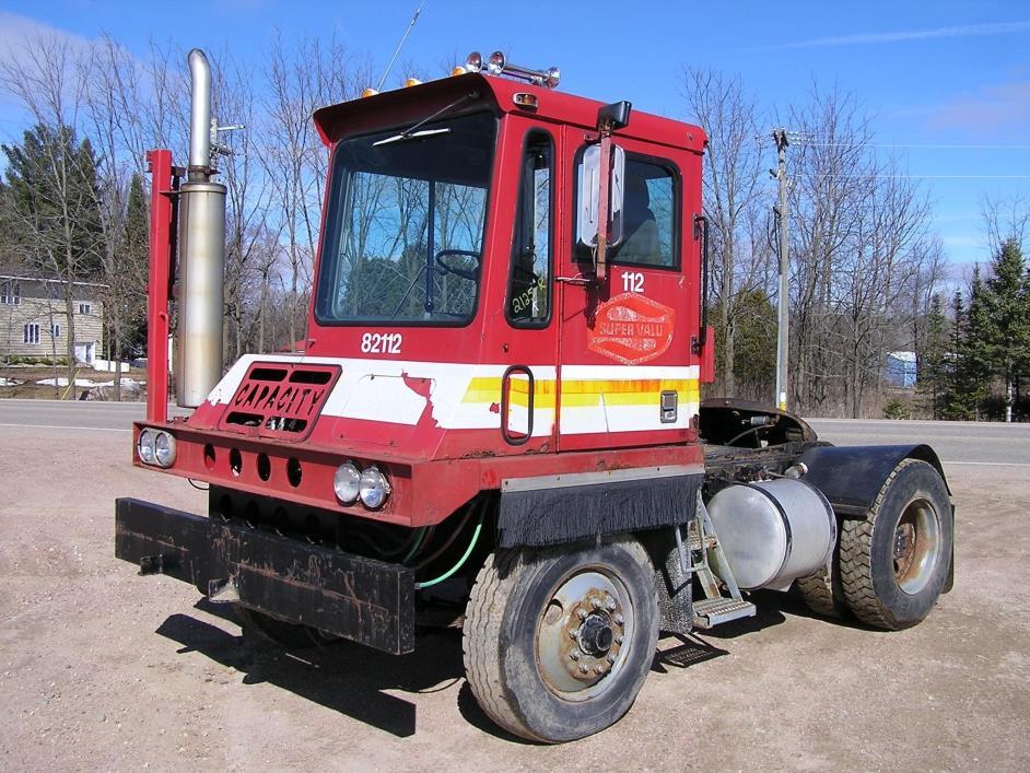 1989 Capacity Tj4000e  Yard Spotter Truck