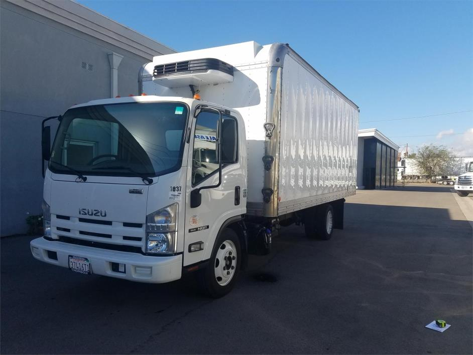 2015 Isuzu Nqr  Refrigerated Truck