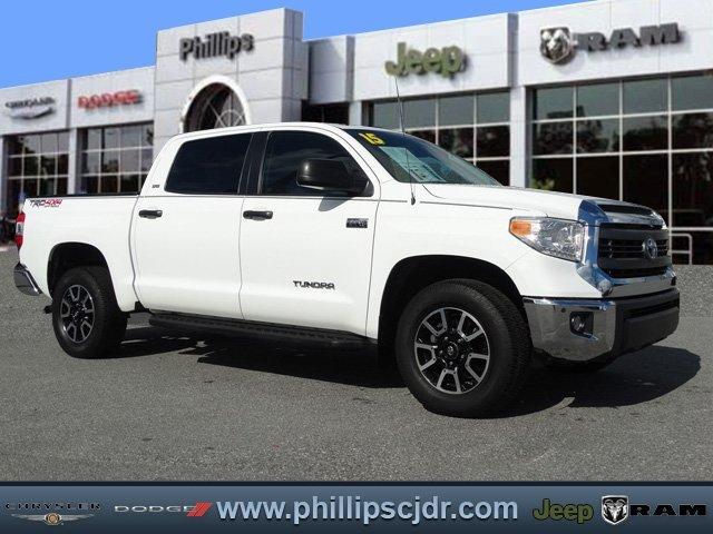 2015 Toyota Tundra 4wd Truck  Pickup Truck