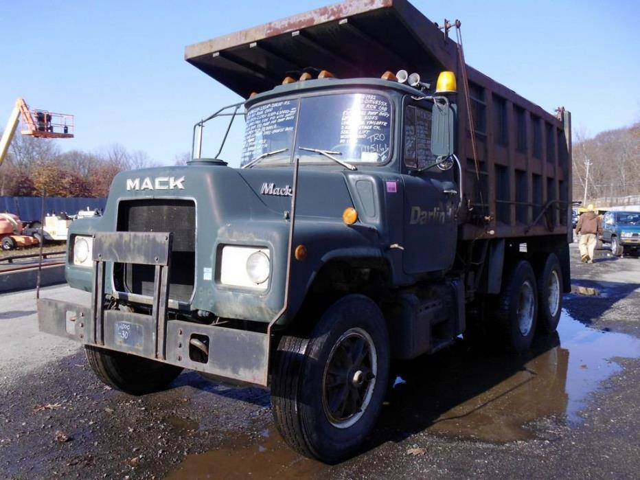 1982 Mack Dm685sx Dump Truck