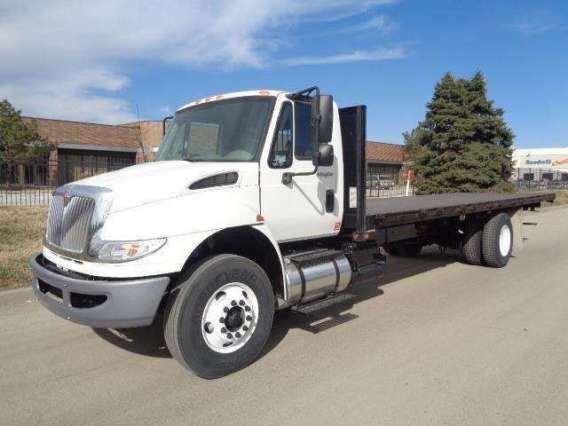 2011 International 4300 Sba  Flatbed Truck