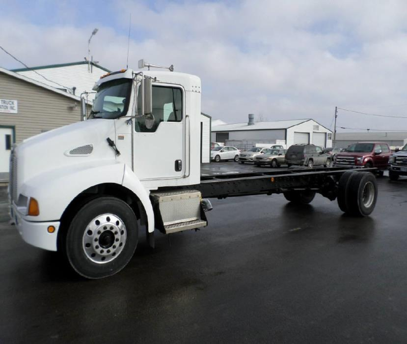 2005 Kenworth T300 Cab Chassis