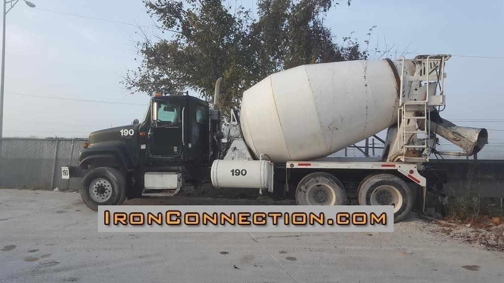 2008 International Paystar  Mixer Truck