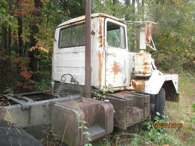 1974 Mack Dm685s Tanker Truck