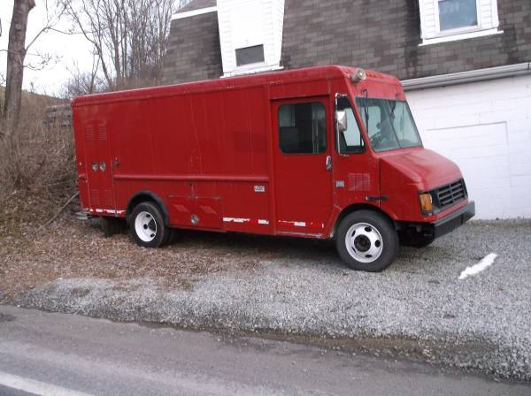 2000 Workhorse W42  Stepvan