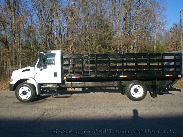 2006 International 4200 Non Cdl Long Rack Lift Gate Just 9k Actual Mi Flatbed Truck
