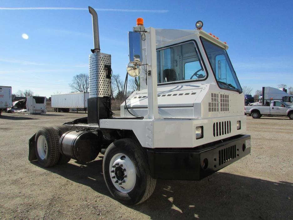2009 Ottawa T1  Yard Spotter Truck