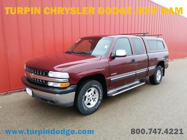 2002 Chevrolet Silverado 1500  Pickup Truck