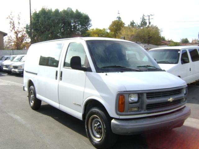 1997 Chevrolet Express G2500 Box Truck - Straight Truck