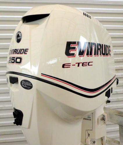 """2010 EVINRUDE E-TEC 250hp 25"""" Shaft DI 2-Stroke Outboard Motor w/ War, 0"""