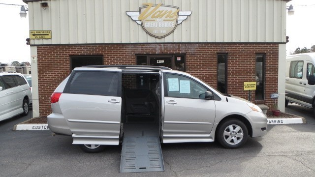 2008 Toyota Sienna  Mobility Van