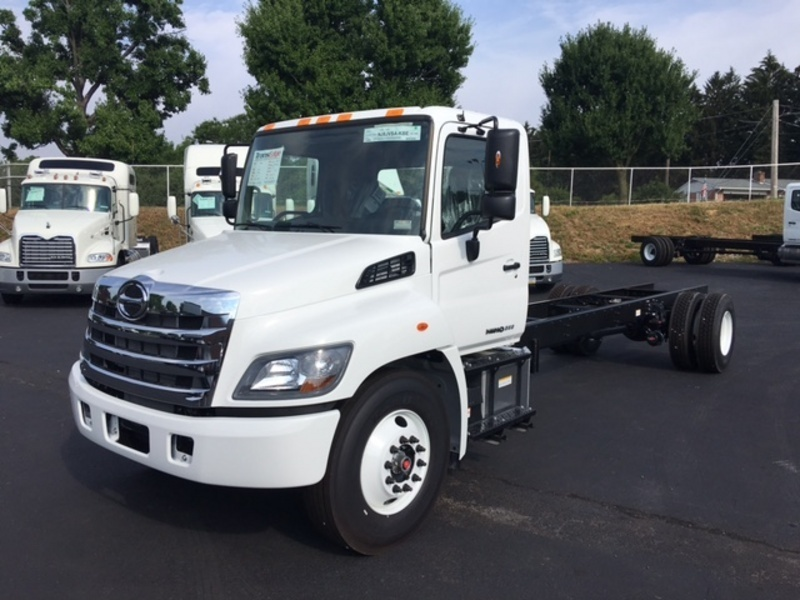 2013 Hino 268a Cab Chassis