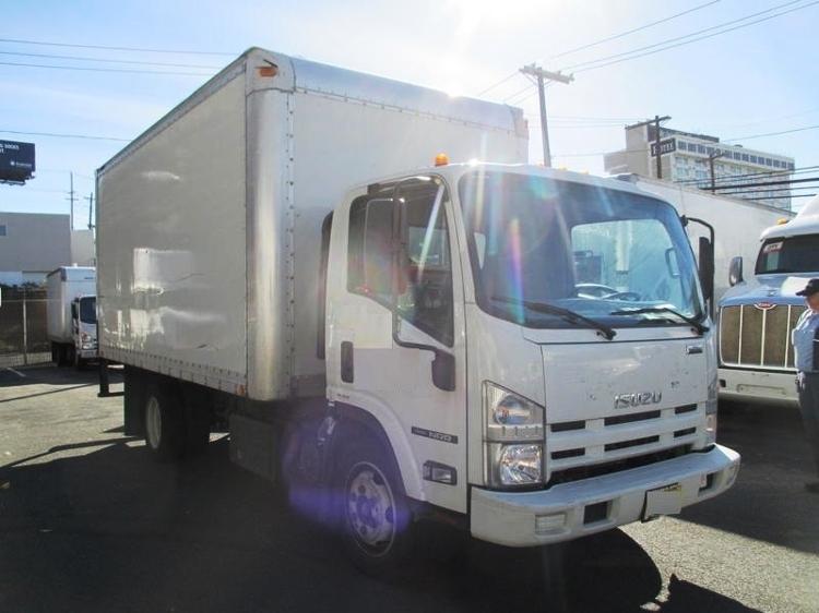 2015 Isuzu Nqr  Box Truck - Straight Truck