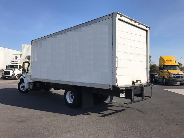 2013 Freightliner Business Class M2 106 Box Truck - Straight Truck, 3