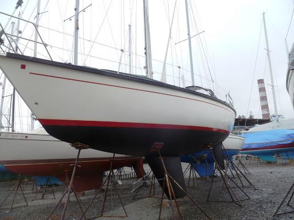 1981 Dufour 4800