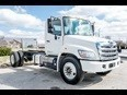2011 Hino 338  Conventional - Sleeper Truck