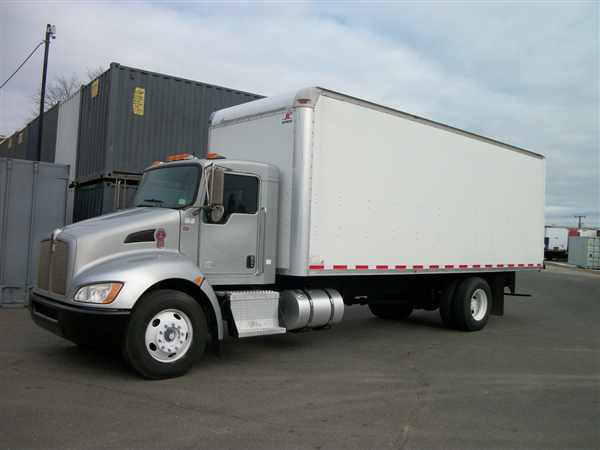 2010 Kenworth T270  Box Truck - Straight Truck