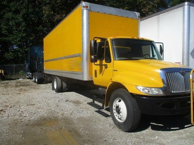 1999 International Durastar 4300 Box Truck - Straight Truck