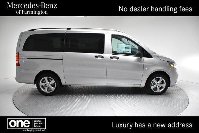 2016 Mercedes-Benz Metris Passenger Passenger Van