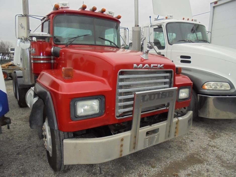 1999 Mack Rd688s Cab Chassis