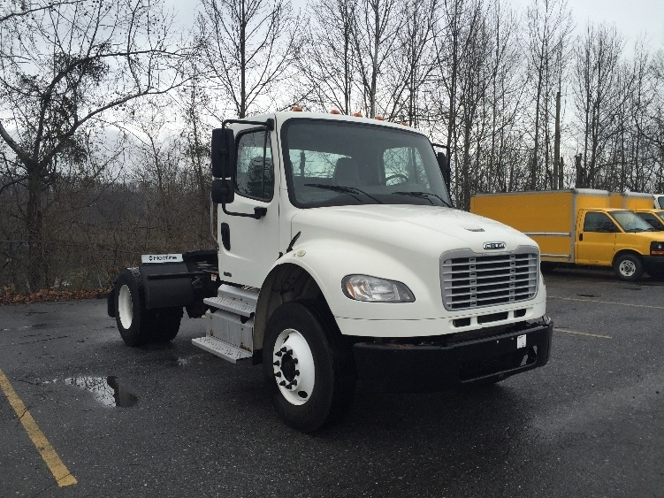 2011 Freightliner Business Class M2 106 Conventional - Day Cab