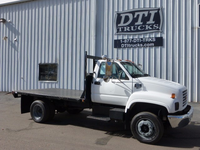 2002 Chevrolet C6500 Flatbed Truck
