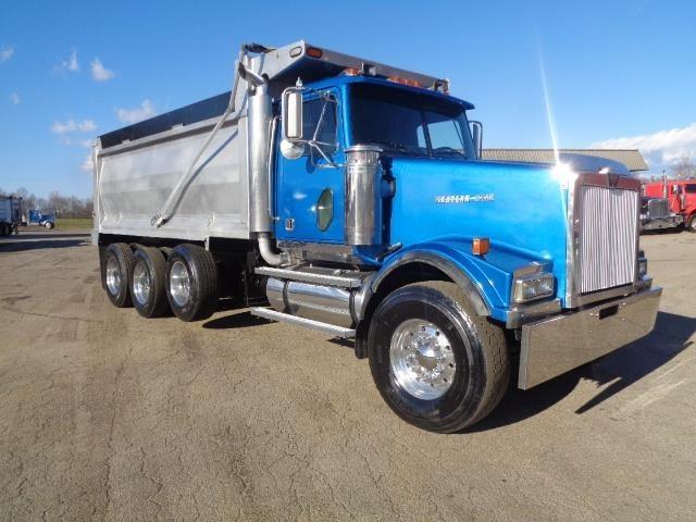 2005 Western Star 4964 Dump Truck