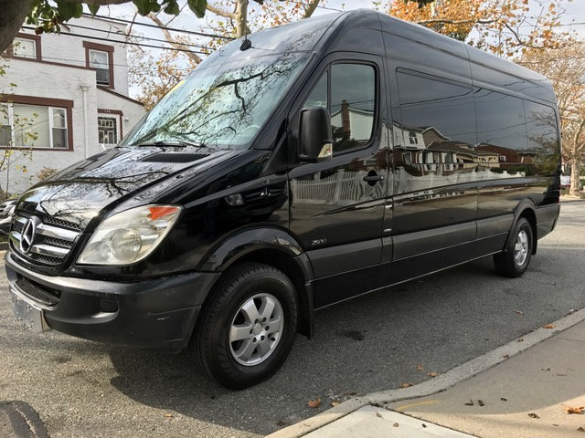 2012 Mercedes-Benz Sprinter 2500 Bus