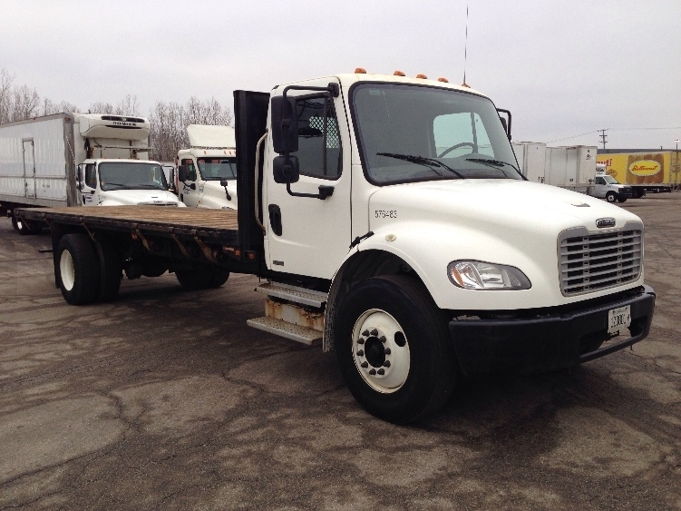 2010 Freightliner Business Class M2 106 Flatbed Truck