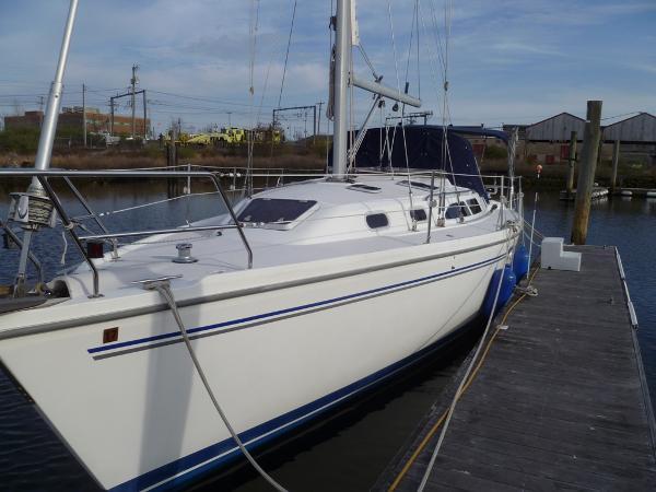 2003 Catalina 350, 2