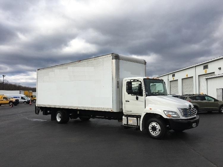 2009 Hino 258lp  Box Truck - Straight Truck