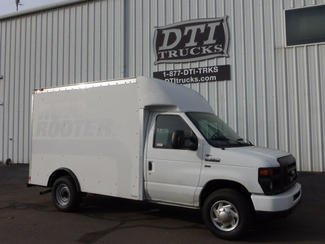 2011 Ford E-Series Box Truck - Straight Truck