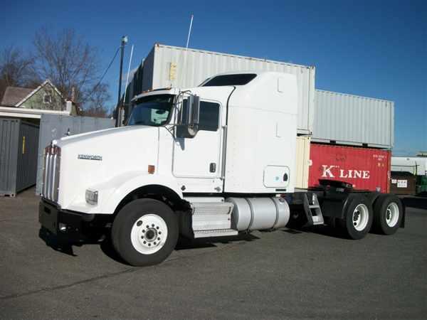 2009 Kenworth T800  Conventional - Sleeper Truck