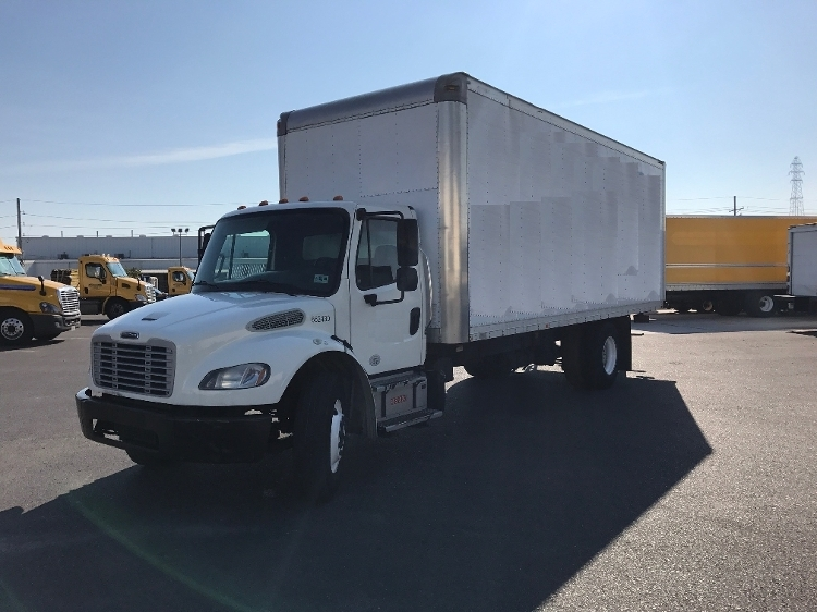 2013 Freightliner Business Class M2 106 Box Truck - Straight Truck, 1
