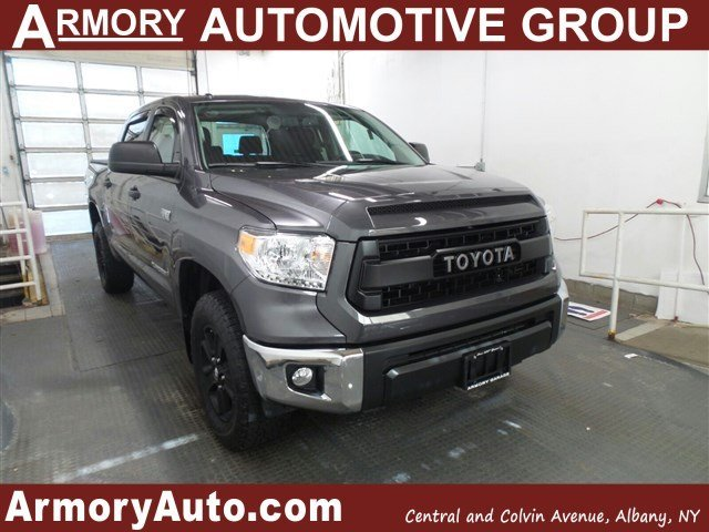 2016 Toyota Tundra  Pickup Truck