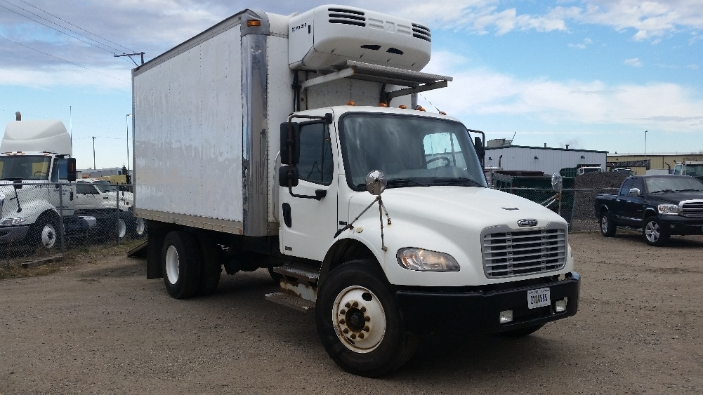 2007 Freightliner Business Class M2 106 Refrigerated Truck