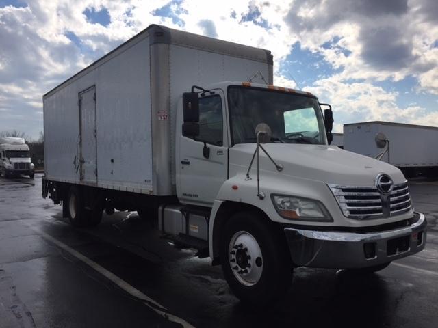 2010 Hino 338  Box Truck - Straight Truck