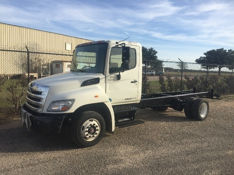 2012 Hino 258lp  Box Truck - Straight Truck